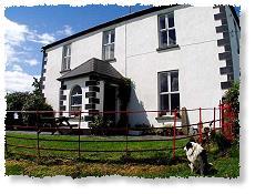 The old Parochial House - cliquez sur l'image pour l'agrandir